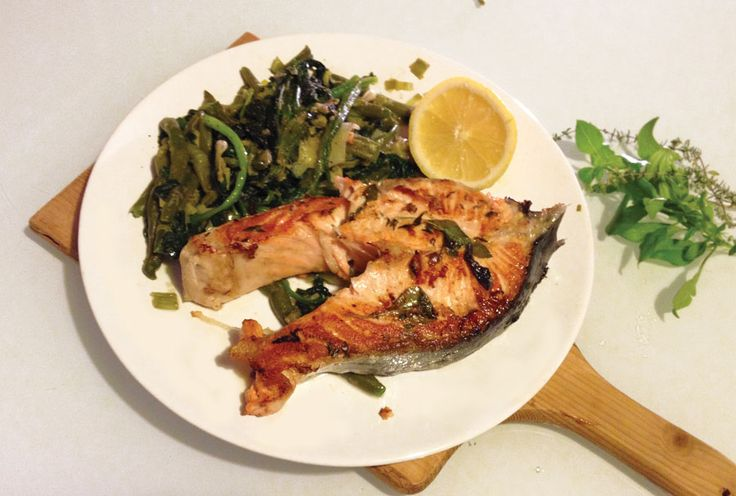 dukan-easy-recipes: King salmon with greens for company - Σολωμός με πράσινη παρέα