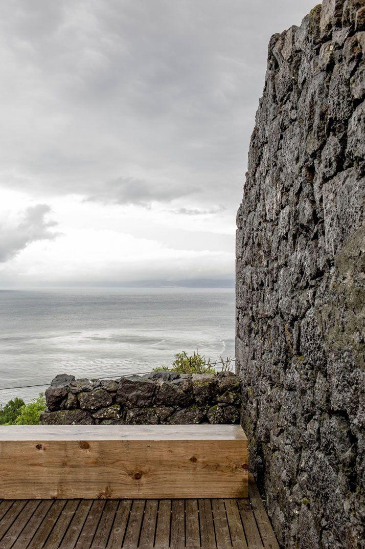 E/C House on Pico Island, Portugal by SAMI-arquitectos | Yatzer