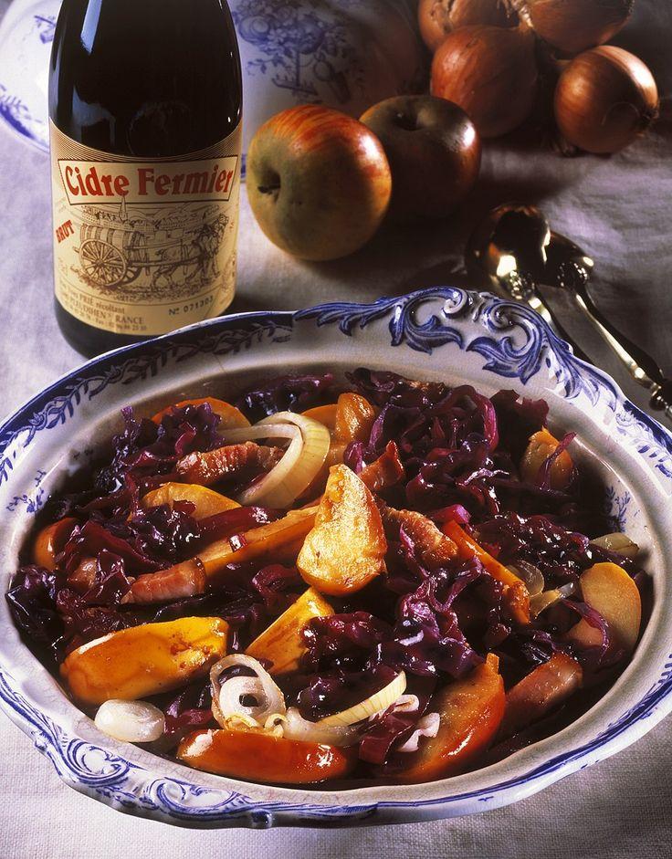Recept voor rodekool met cider, appelen, spek en uien   njam!