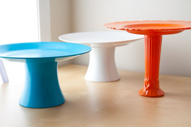 how to make inexpensive, personalized cake stands