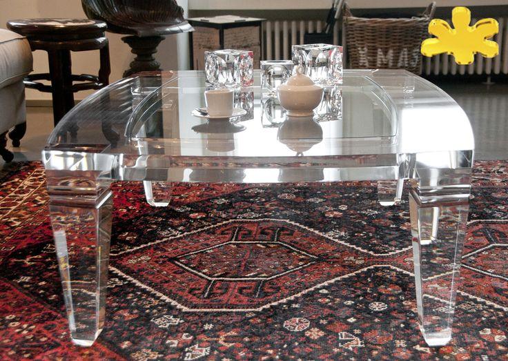 Lucite Acrylic coffe table - TAVOLINI DA SALOTTO IN PLEXIGLASS   Tavolo trasparente in plexiglass 01A.mod.LV1     Tavolino plexiglas cm.160 x 130 h.40 - telaio sp.mm.50 - gambe sez.mm.80