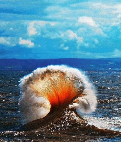 Natural Phenomena of The Day ( Just for Fun :-) )   Mushroom Wave . The Reddish color is due to the Underwater Exploded Volcano . Simply Amazing .. Isn't it ?   For more travel Updates/Offers and Interesting Stuffs be connected to  Travel Universally