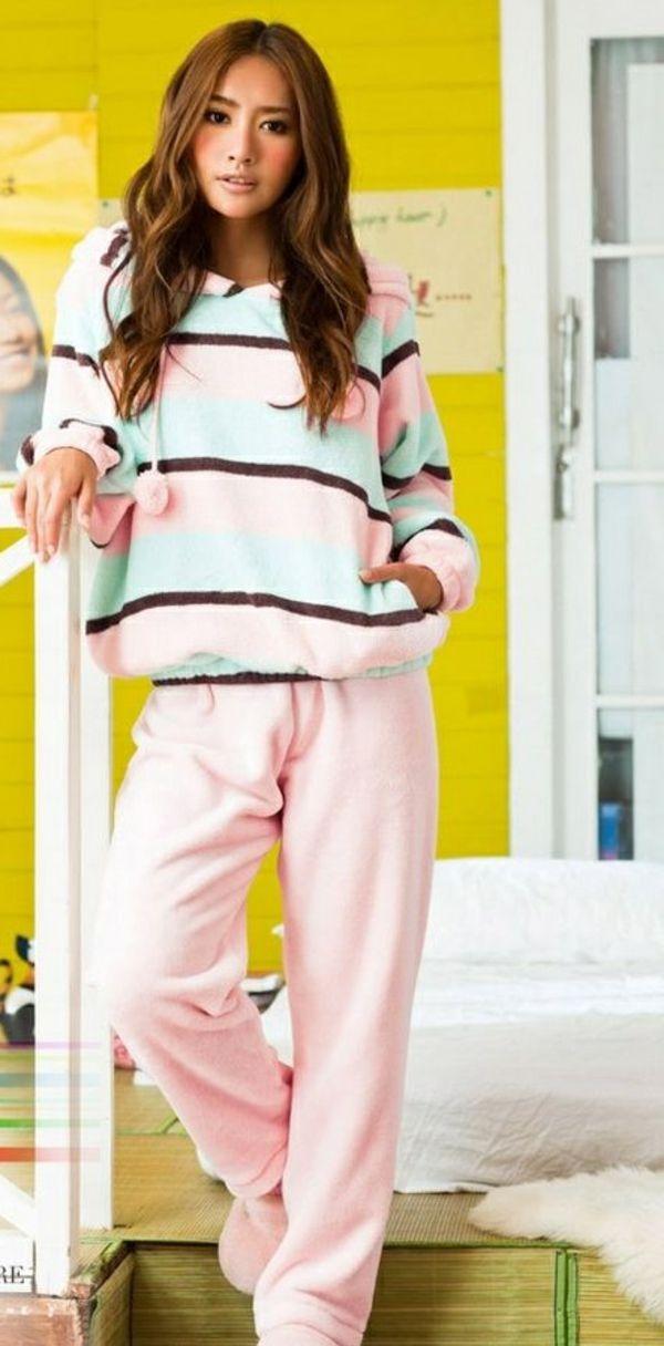 Schlafanzug für Damen - auch beim Schlaf schön und modern aussehen!
