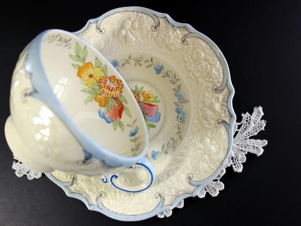 1930s Antique Crown Ducal Teacup, Porcelain Tea Cup and Saucer, Old Crockery, Embossed China. Decorated beautifully in an exquisite design ofhand painted flowe