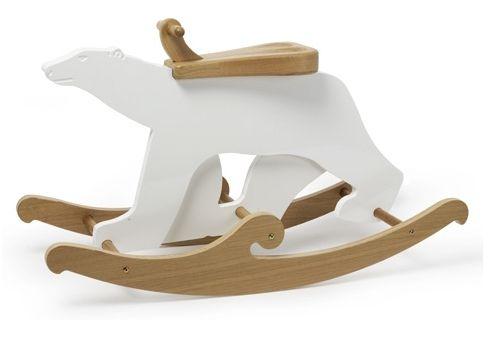 Le cheval a bascule est devenu tellement commun voici l'ours polaire à bascule par NettoCollection... Le principe reste le même mais l'animal est bien plus tendance que le cheval!