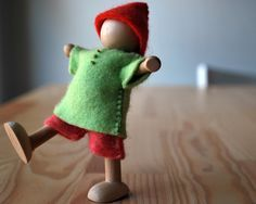 Myrtle & Eunice: How to Craft a Gnome