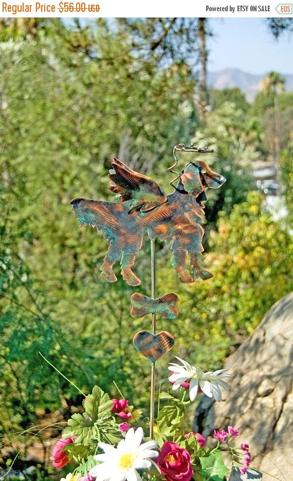 SALE Golden Retriever Garden Art Pet Memorial Garden Stake, Metal Garden  Art, Copper Dog