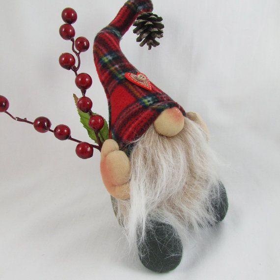 Christmas Gnome Alvin di Therubyrange su Etsy