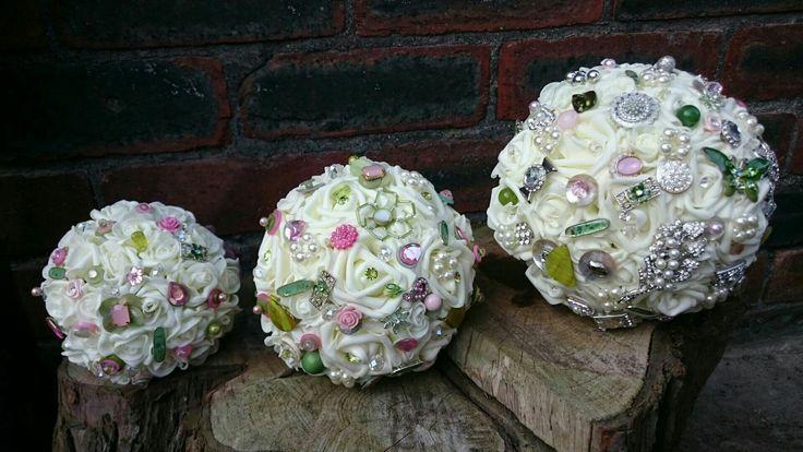 Flowergirl, bridesmaid and bride of the same wedding.. www.dawniesweddingbouquets.co.uk.🌸
