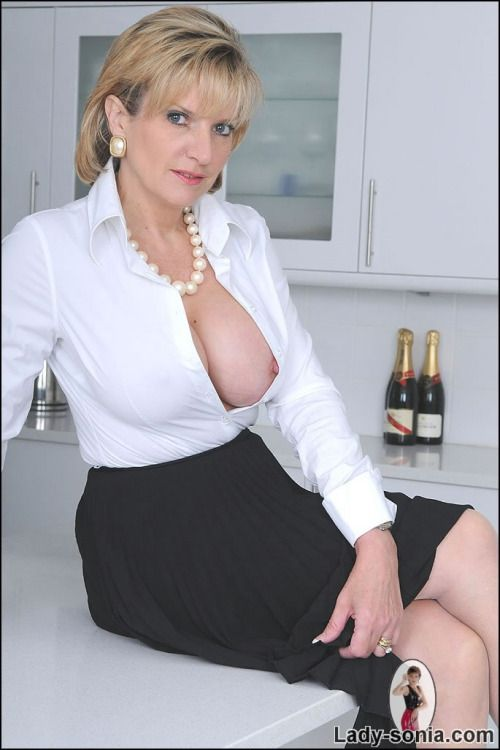 Lady sonja pussy and boobs pics