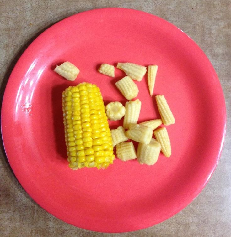 What Celebrities Eat at Golden Corral - Axl Rose. #food #fastfood