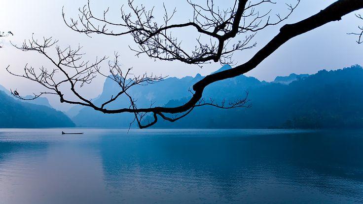 Ba Bể Lake: Ba Bể, Ba B Lakes, Vietnam Travel, Babes Lakes, Bể Lakes, National Parks, North Vietnam, Lakes Vietnam, Vietnam Landscape