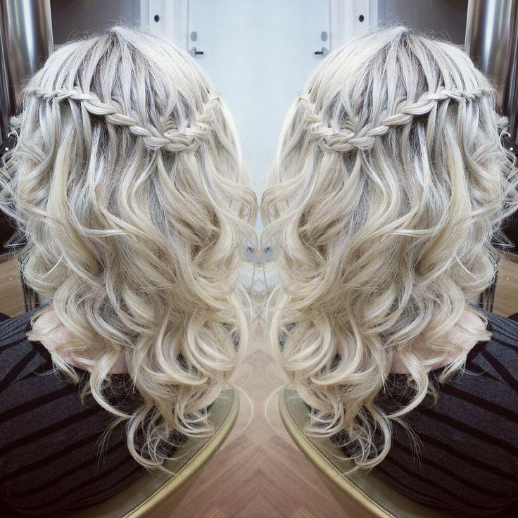 Hair: Tiia/VELVET Töölö