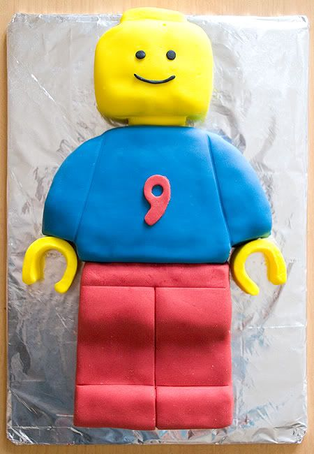 legomanbirthdaycake1.jpg Photo:  This Photo was uploaded by jengrantmorris. Find other legomanbirthdaycake1.jpg pictures and photos or upload your own wi...
