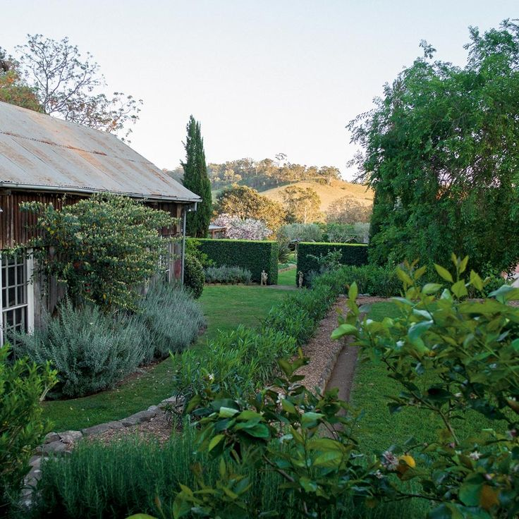 A review of The House and Garden at Glenmore by Mickey Robertson…Image by Daniel Shipp