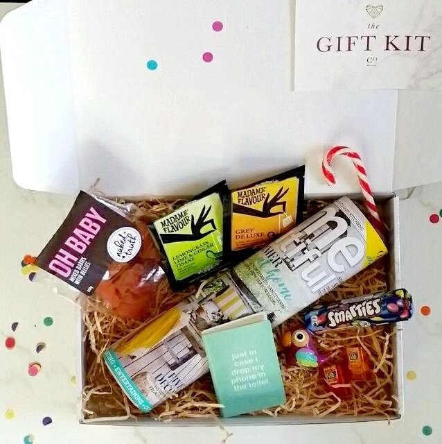 Fabulous kit to cheer up a friend or to send to someone in hospital.  www.thegiftkitco.com.au