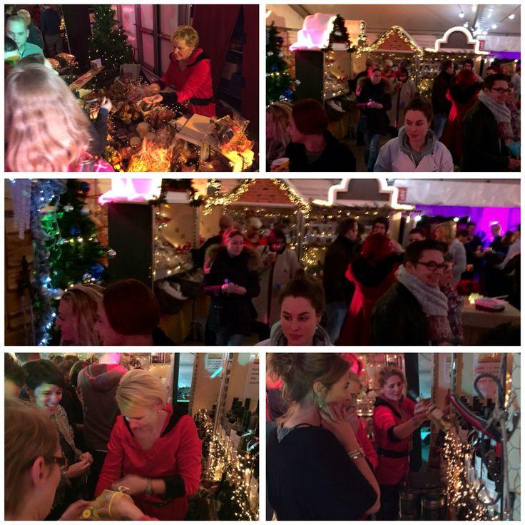 Kerstborrel met kerstmarkt voor medewerkers. Zelf je kerstpakket bij elkaar shoppen. Http://www.advance-events.nl