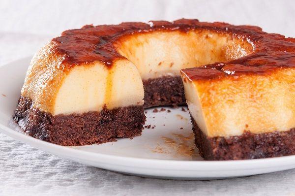 Prăjitură cu cremă de zahăr ars şi blat de ciocolată