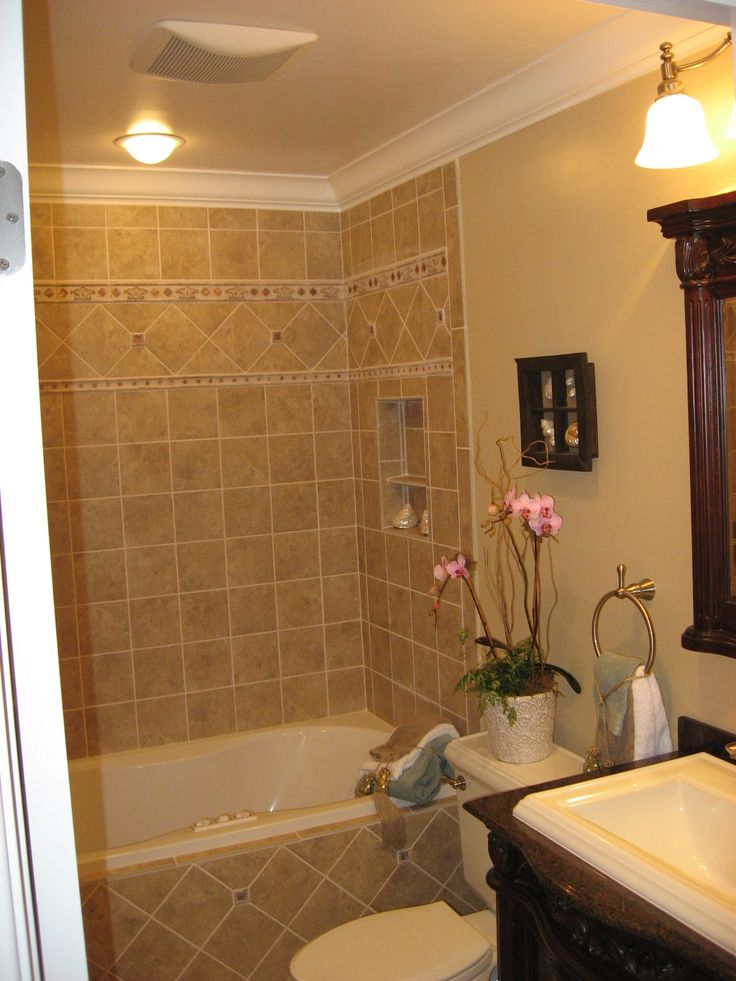 Like The Upper Surround Girls Bath Crown Molding And Color Bathroom Crown Molding