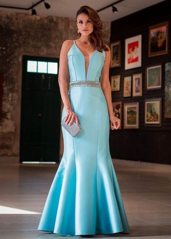 e4e9999db Vestido de festa modelo sereia azul claro | Satin silk | Prom ...