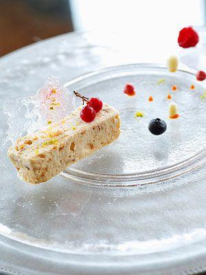 【ELLE gourmet】ヘーゼルナッツのセミフレッドレシピ|エル・オンライン