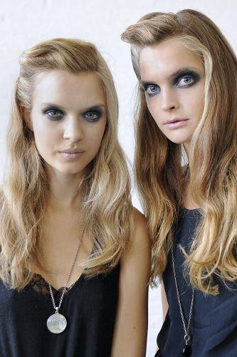 feminine/vintage/undone/roll hair
