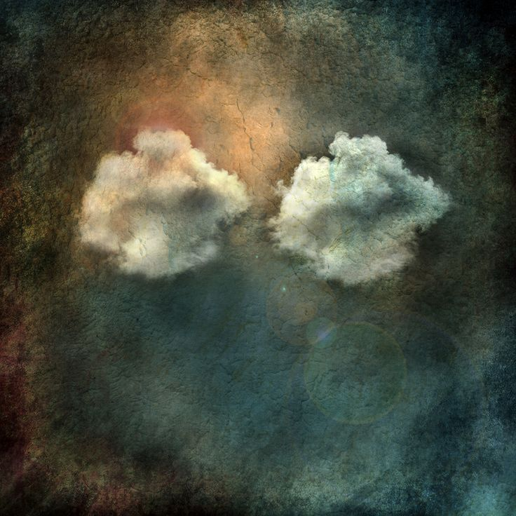 """"""" Clouds twins """""""