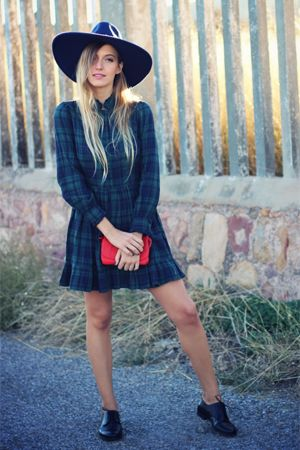 Here's Exactly What to Wear Right Now (Hint: Tartan and a Fun Floppy Hat Are Involved)