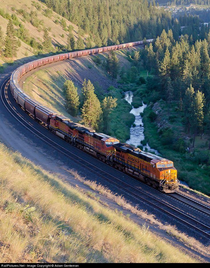 7362 Burlington Northern Santa Fe GE ES44DC at Spokane, Washington by Adam Genteman | Trains | Pinterest | Burlington northern, Train and Bnsf railway