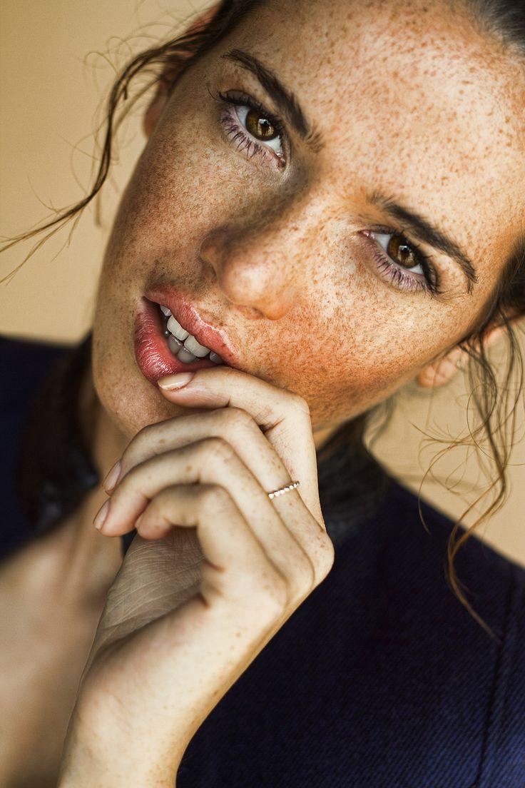 much freckled beauty: Crystal Mari  (Ford Models, Europe) photographed by Maximilian Rivera (via yra-k.tumblr 42267608703)