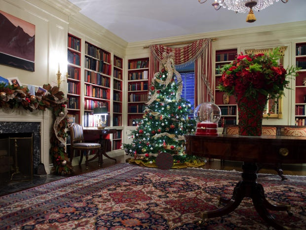 138 best White House at Christmas images on Pinterest White - library page
