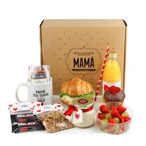 emilexcollin - 0 results for picnic ideas Breakfast Basket, Breakfast On The Go, Picnic Box, Picnic Ideas, Amazing Food Photography, Healthy Menu, Food Packaging, Diy Food, Recipe Box