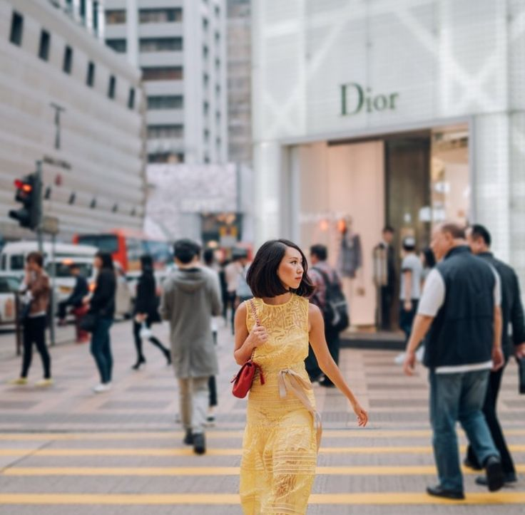 As seen on Melissa Koh, a vibrant detailed lace dress by Self-Portrait that has us swooning over.   Dress: Brunt Out Midi Dress. Link: http://www.et-i-kit.com/products/burn-out-midi-dress-pre-order  Available @ Et-i-kit.