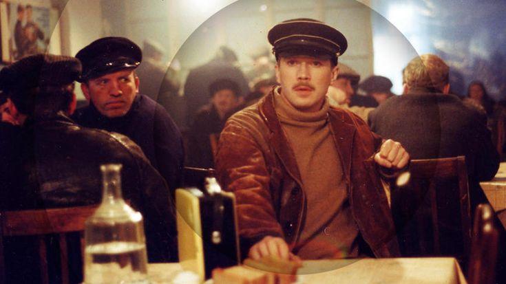 5 фильмов, которые нужно посмотреть из-за Евгения Миронова Вчера Евгению Миронову исполнился 51 год, предлагаем поздравить актера, пересмотрев лучшие фильмы с его участием.