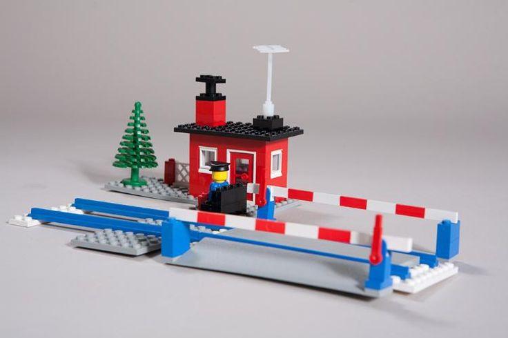 die besten 25 lego gebraucht ideen auf pinterest lego piratenschiff trofast lego tisch und. Black Bedroom Furniture Sets. Home Design Ideas