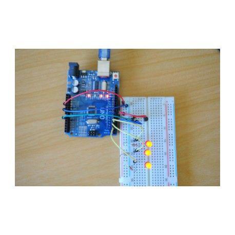 Microcontrolador UNO R3