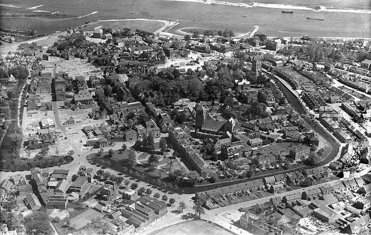 TIEL 1945, een verwoeste stad