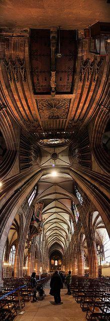 #Cathedrale #Strasbourg #Alsace Le Parc**** Hôtel, Restaurants & Spa Alsace Obernai Tél 03 88 95 50 08 www.hotel-du-parc.com/ www.facebook.com/leparcobernai