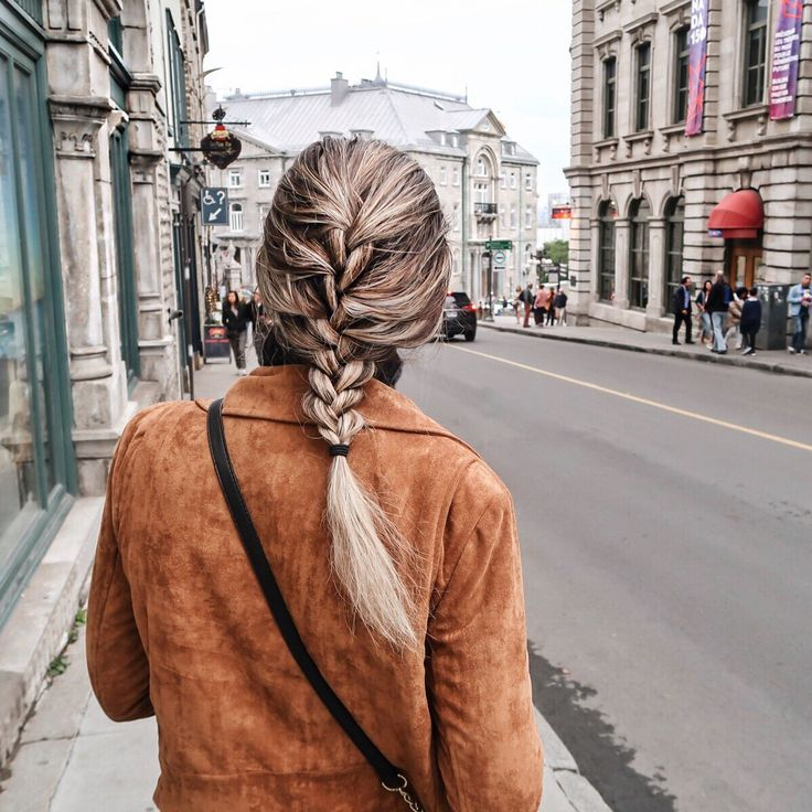 Quebec City Honeymoon // TheHandmadeWay by Erin Elizabeth #FrenchBraid #Hairstyle