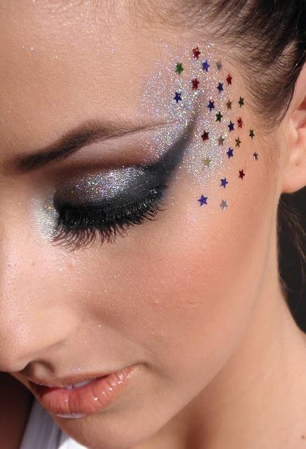 Inspiração de Carnaval! #Carnival #Makeup #Carnaval  #Beauty #Make #Maquiagem {post by feriadoparticular.com }