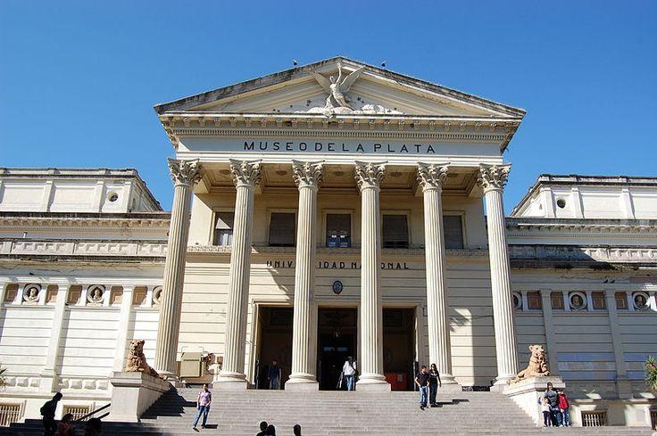 Fachada del Museo de Ciencias Naturales de la ciudad de La Plata