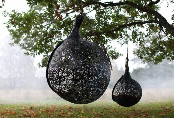 Wyjątkowy kształt, lekkość, wytrzymałość - takie jest gniazdo Manu Nest wykonane w całości z włókien bazaltowych pozyskiwanych z lawy wulkanicznej.