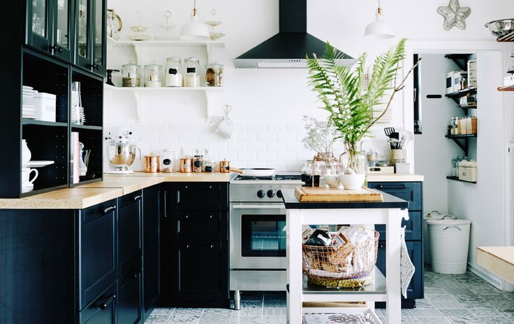 Mona's perfectly organised black and white kitchen in Germany   Take a full look around on #IKEAIDEAS from #IKEAFAMILYMAGAZINE