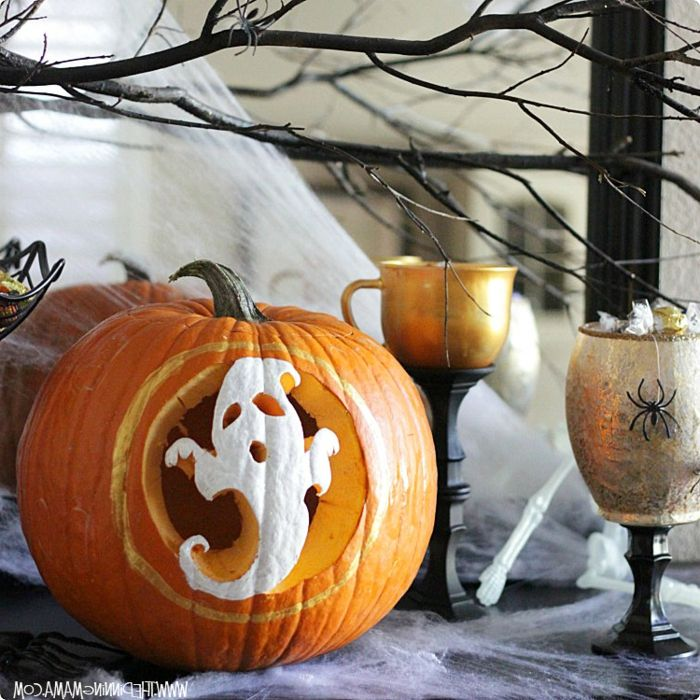 Kürbis schnitzen und Gespenst aufzeichnen, coole DIY Ideen für Kinder und Erwachsene, Halloween Deko