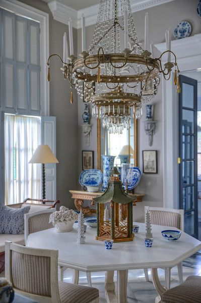 Furlow Gatewood in blue and white ~ photo: Rod Collins