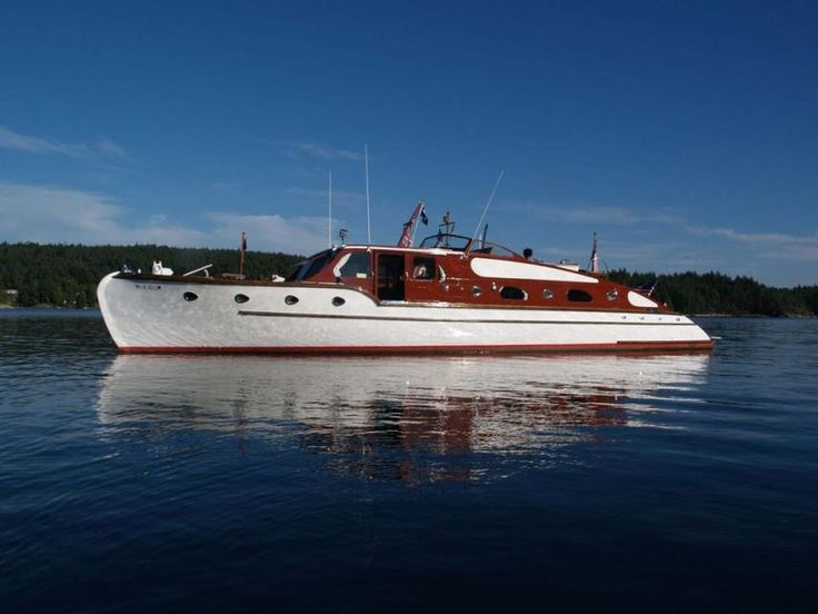 17 Best Images About Classic Motor Yachts On Pinterest
