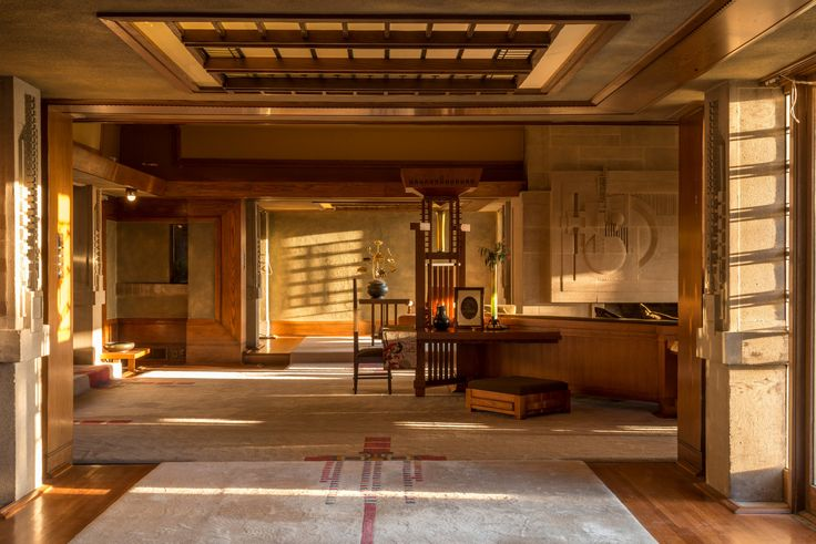 The Hollyhock House, Los Angeles 1921 Frank Lloyd Wright. Contemporary interior image. #architecture #interiordesign