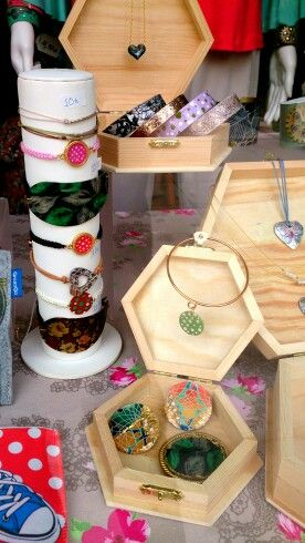 Using wooden boxes to layer jewellery and create more levels at this season's window display...