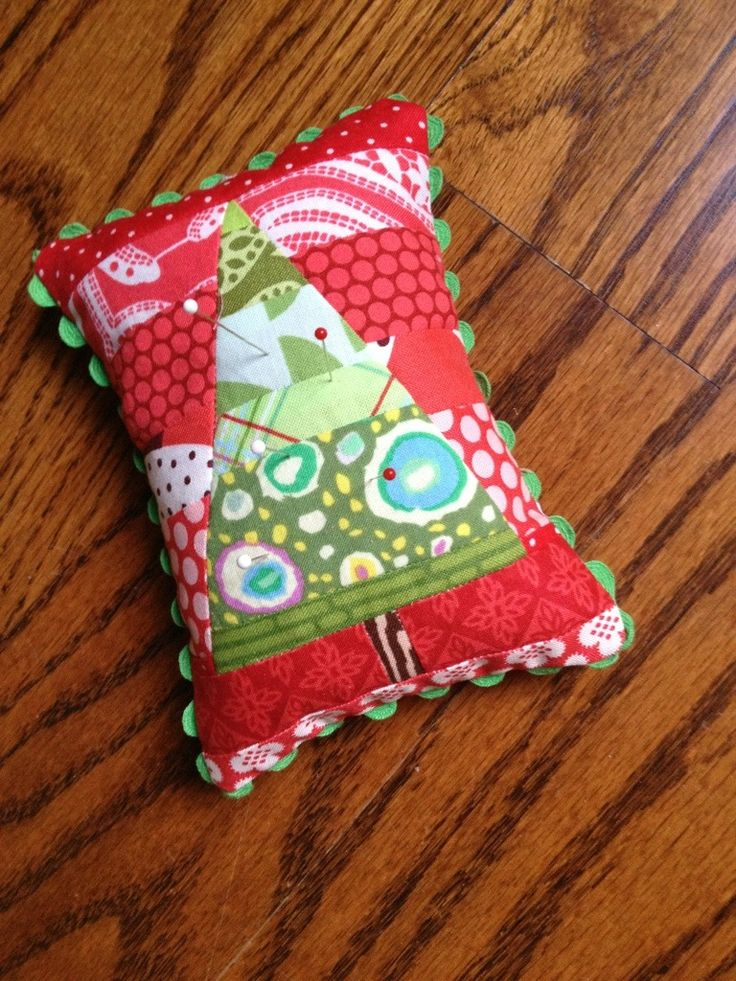 20+ Christmas Sewing Projects - Sweet Red Poppy  |New Christmas Sewing Projects