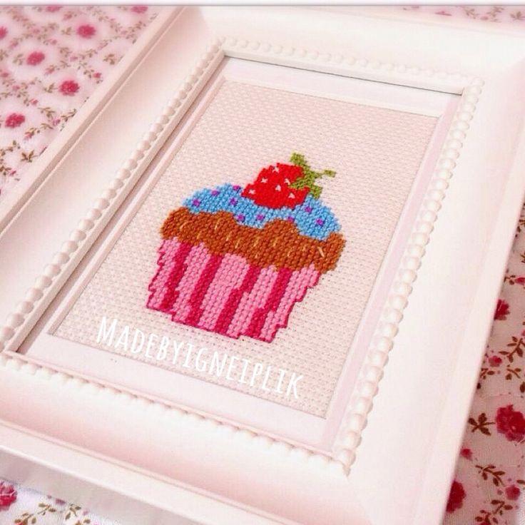 Cross stitch cupcake / pano kasnak